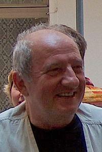 http://www.uniuneascriitorilor-filialacluj.ro/Poze/carti/200px-Muthu_Mircea_02.jpg