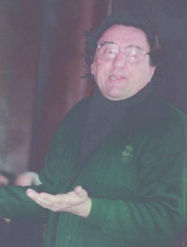 http://www.uniuneascriitorilor-filialacluj.ro/Poze/carti/Constantin-Zarnescu.jpg
