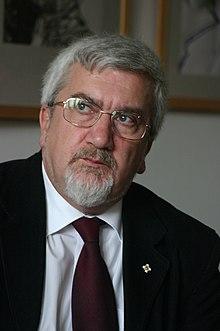 http://www.uniuneascriitorilor-filialacluj.ro/Poze/carti/Egyed_Péter.JPG