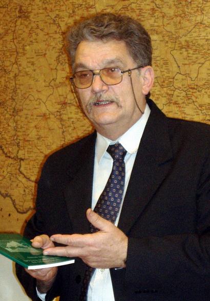 http://www.uniuneascriitorilor-filialacluj.ro/Poze/carti/Szabo.jpg