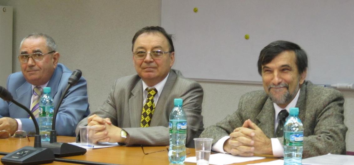 http://www.uniuneascriitorilor-filialacluj.ro/Poze/carti/cotr.JPG