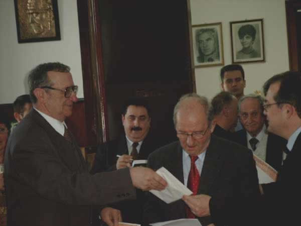 popa, cerna, muthu, cocora, vlad, boc _ http://www.uniuneascriitorilor-filialacluj.ro/Poze/carti/Bild4154.jpg