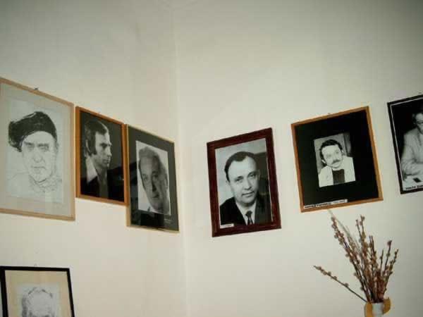 Sediul filialei memorial 5 _ http://www.uniuneascriitorilor-filialacluj.ro/Poze/carti/Bild6515.jpg