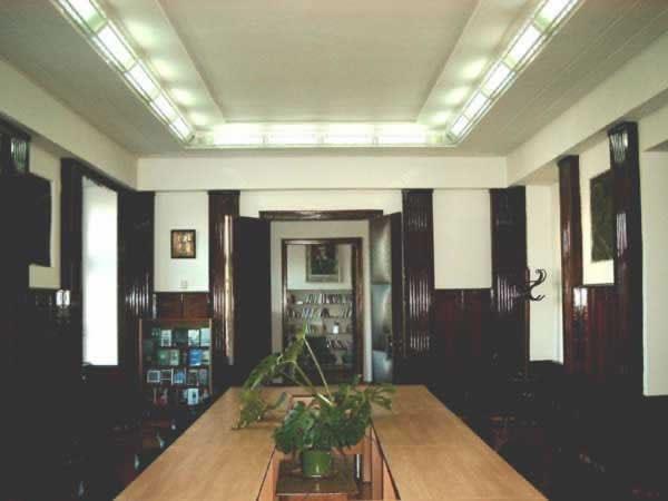 Sediul filialei 3 _ http://www.uniuneascriitorilor-filialacluj.ro/Poze/carti/Bild6519.jpg